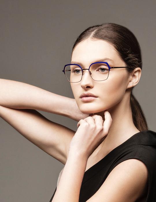 Morel - Lightec - Woman - optical glasses - van der Geest Optiek